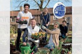 De Blauwe Tram zet de bloemetjes buiten met NL DOET!