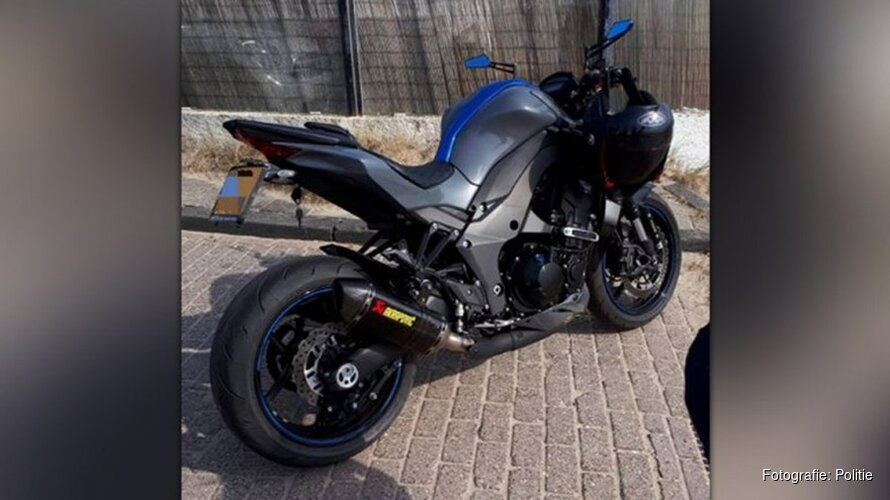 Man laat 11-jarige kind motor besturen op boulevard Zandvoort