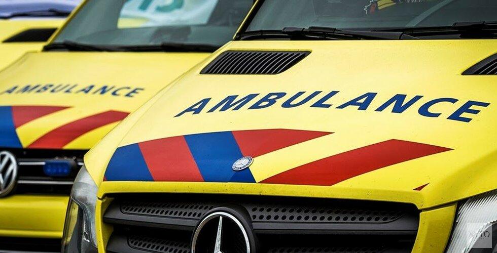 Twee fietsers botsen op elkaar in Zandvoort: zeker één gewonde