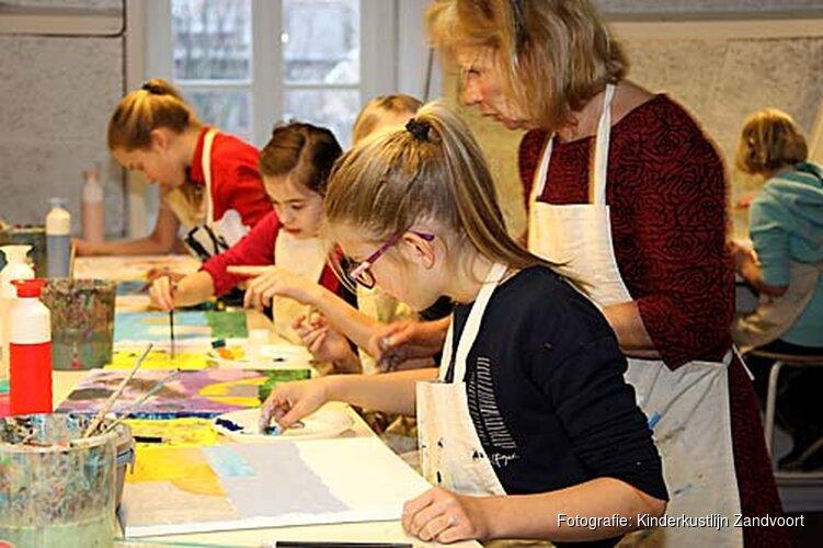 Opening Kinderkunstlijn in het Zandvoorts Museum