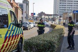 Wielrenner gewond na botsing tegen openslaande deur in Zandvoort